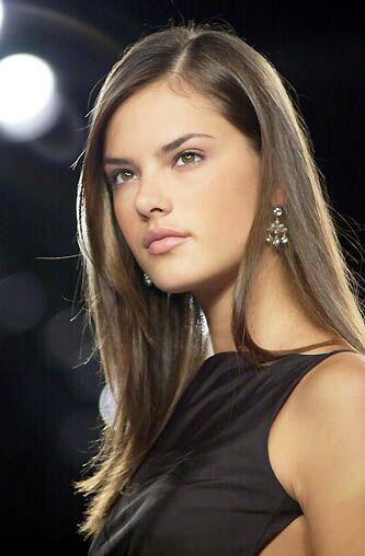 Alessandra Ambrosio 2000 Alessandra ambrosio was born